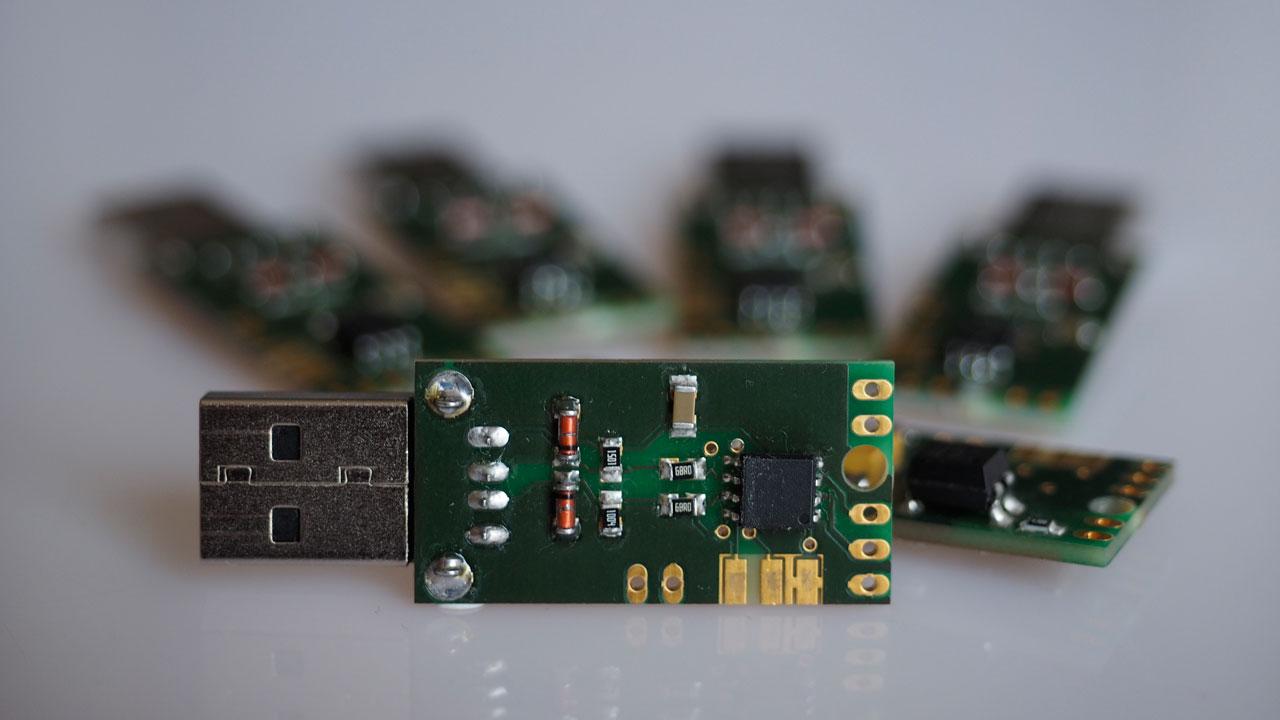 USB   HID Adaptor     helgesuess